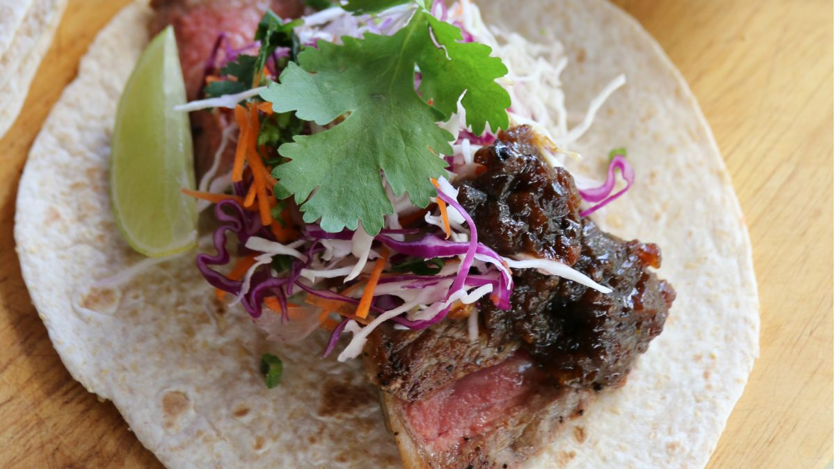 Recipe: Soft Tortillas with Grilled Spiced Sirloin